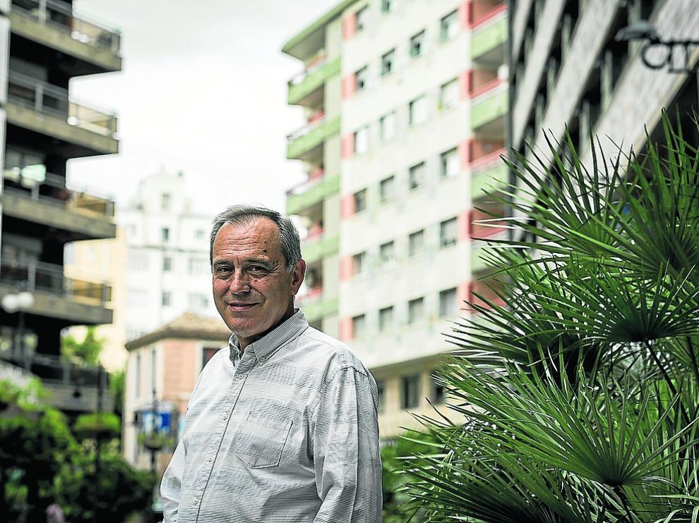 El profesor de Matemáticas José María Sorando publica un nuevo libro.