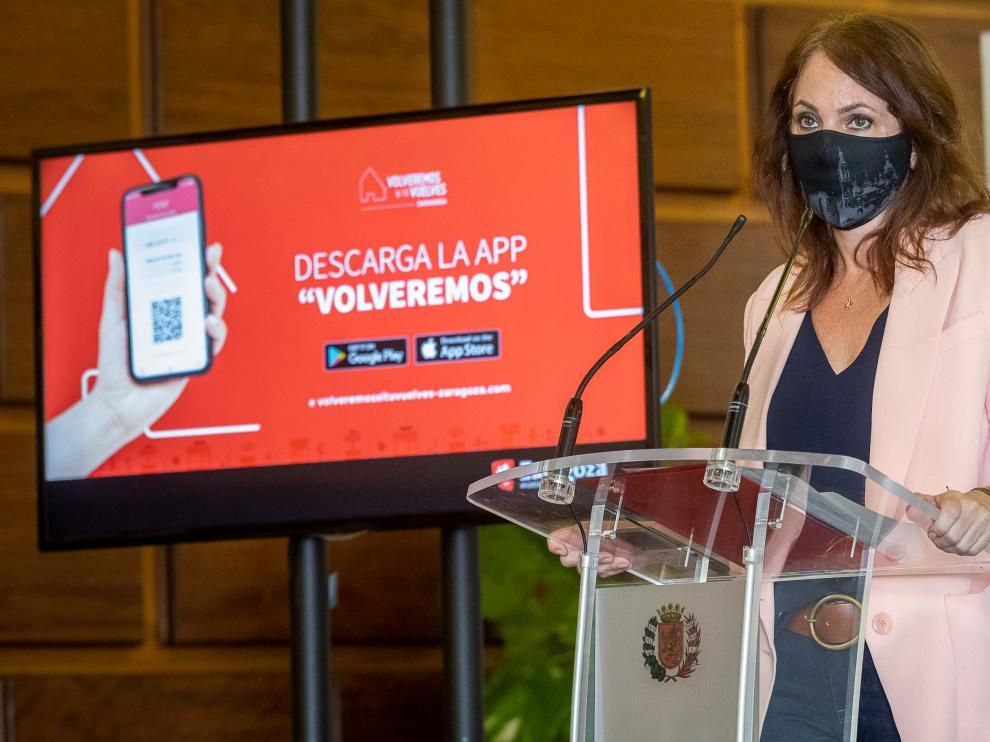 La concejal de Economía, Carmen Herrarte, en la presentación de la campaña de bonificación de compras en el comercio local