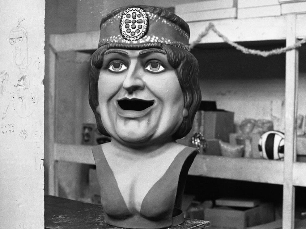 La Pilara, al salir del taller en 1982