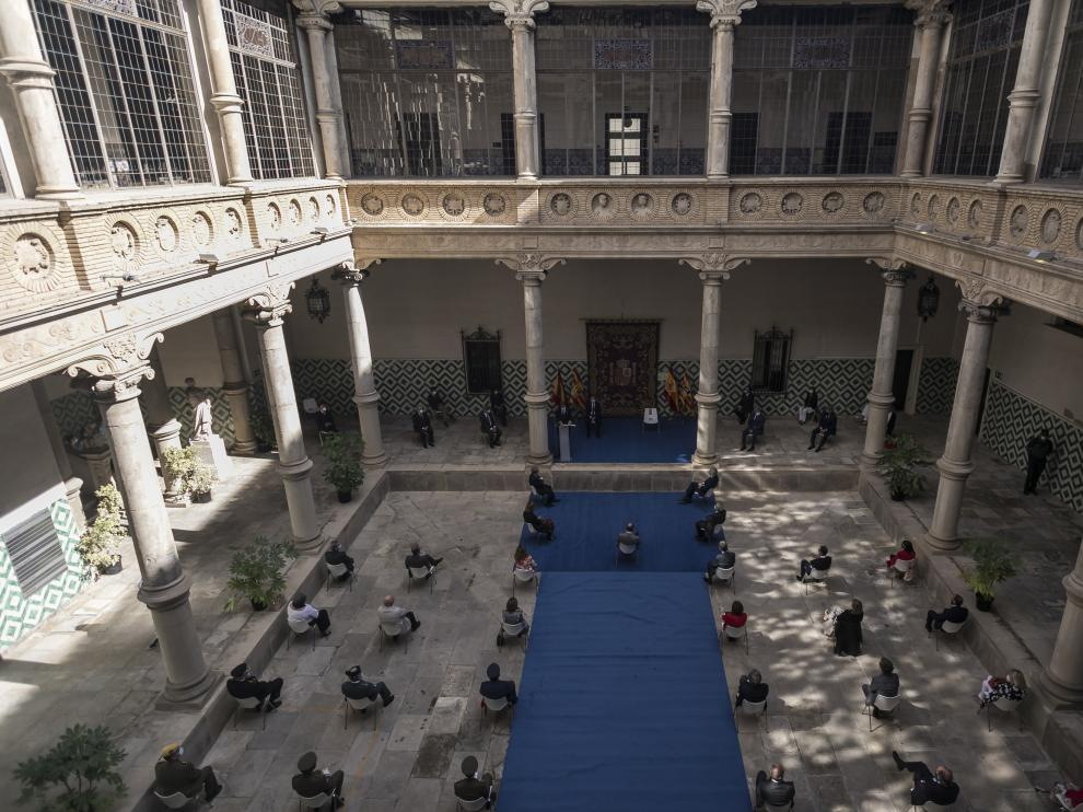 El acto de apertura del año judicial en Aragón se ha celebrado en el patio del palacio de los Condes de Morata.