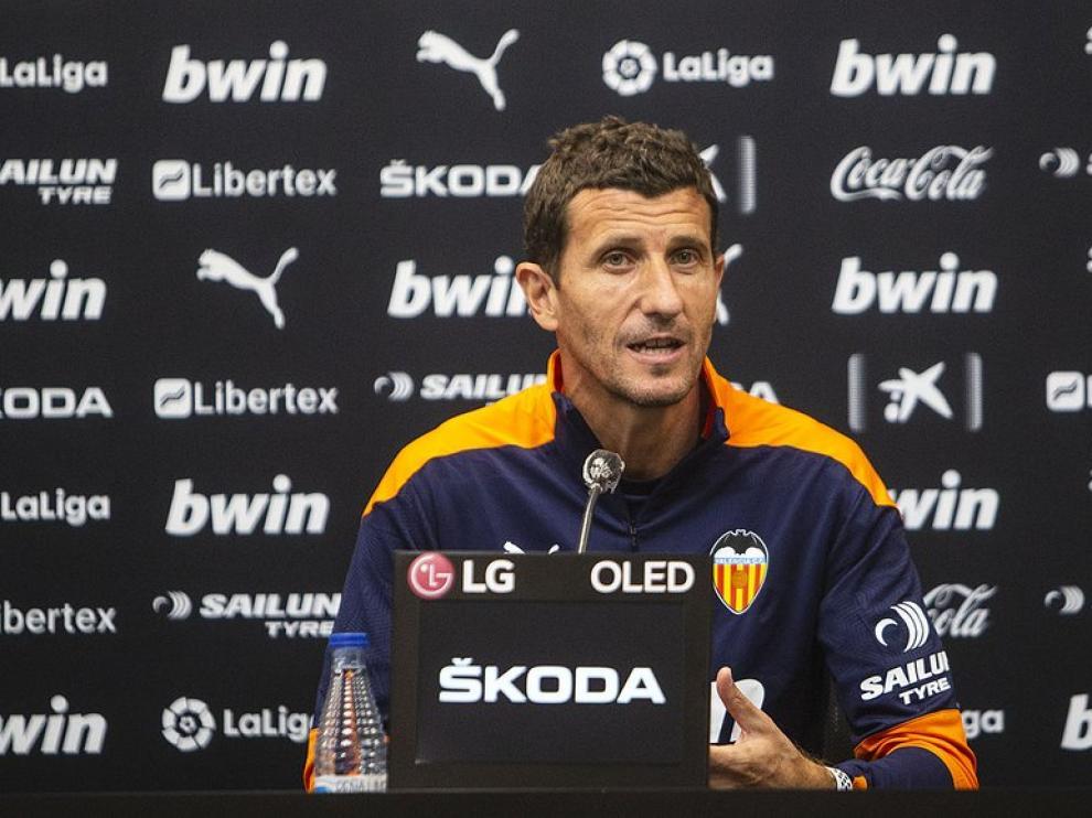 El navarro Javi Gracia dirige esta temporada al Valencia.
