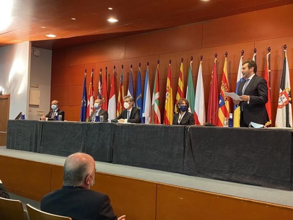 Un momento del acto de entrega de despachos a los nuevos jueces en Barcelona.