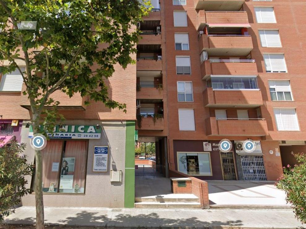 El incendio se produjo en el 19 de la calle Puerta de Sancho de Zaragoza.