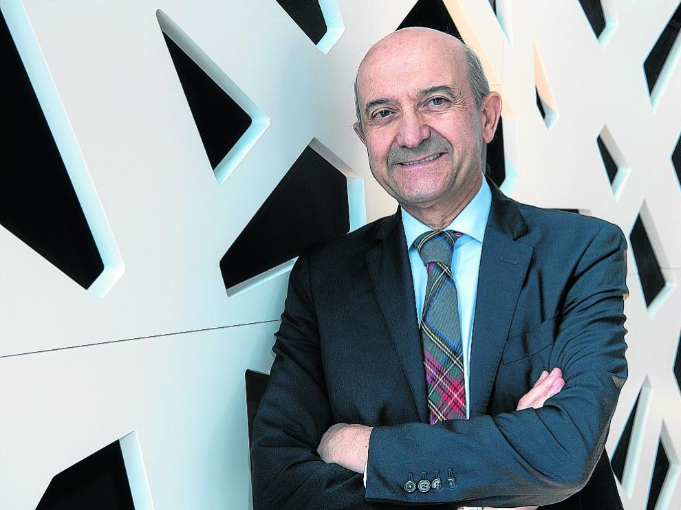 Miguel Ángel Martínez-González acaba de publicar el libro '¿Qué comes?'.