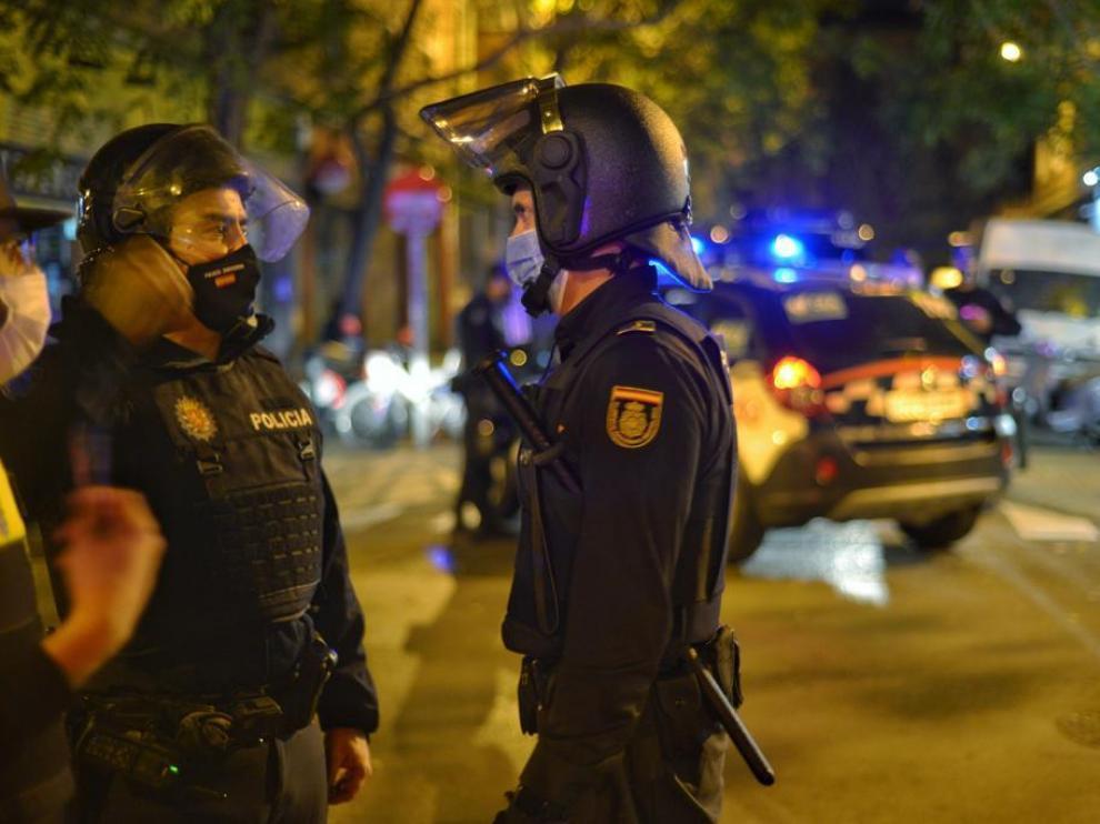 Aumentan las sanciones a bares y multas no llevar mascarilla en Zaragoza