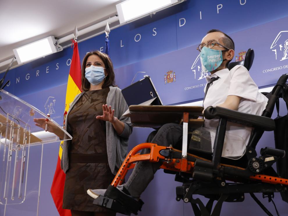 Adriana Lastra y Pablo Echenique, que registraron en el Congreso la proposición de ley sobre la elección del CGPJ.