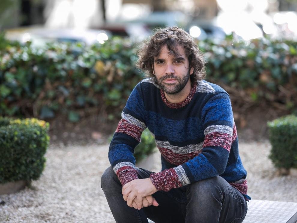 Nacho Tajahuerce publica 'Piedra y tijeras'.