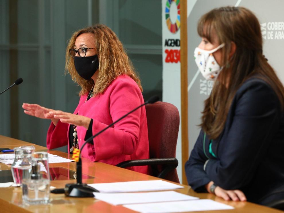 Sira Repollés y Mayte Pérez, este miércoles en la rueda de prensa posterior al Consejo de Gobierno