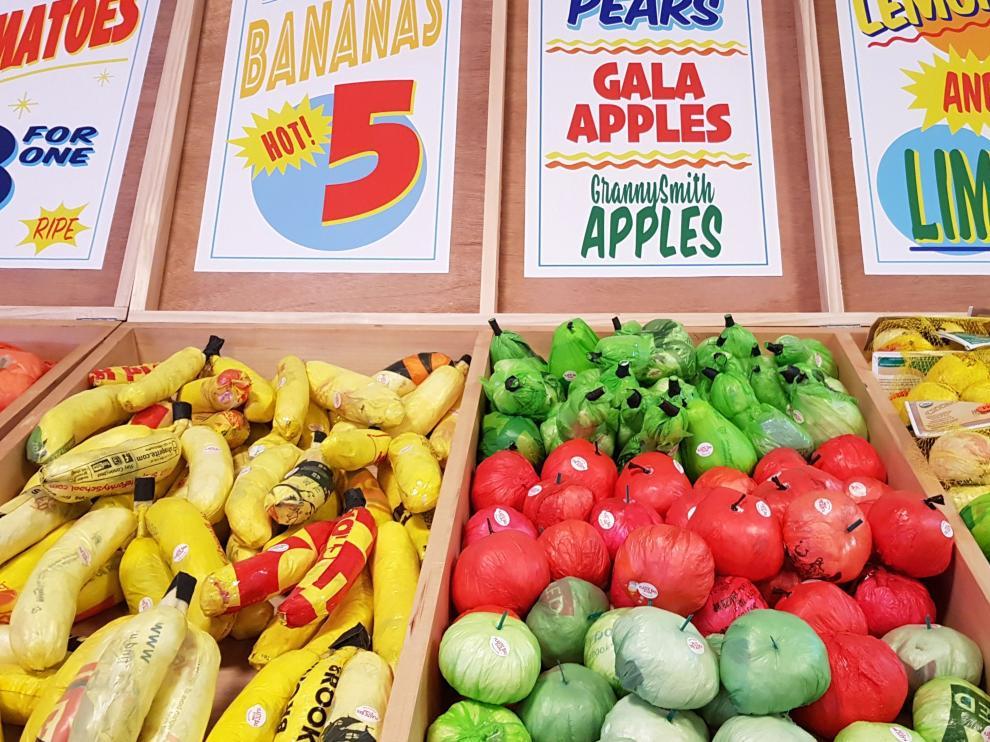 """El supermercado de Times Square que vende """"plástico para comer"""""""