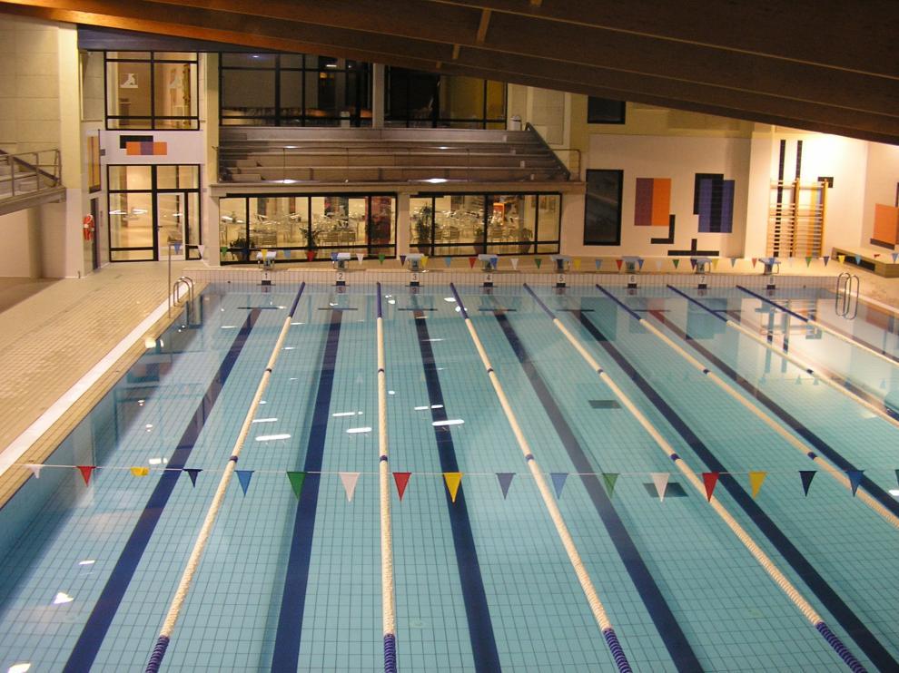 La piscina climatizada Almériz de Huesca se ha cerrado con el nivel de alerta 3 agravada.
