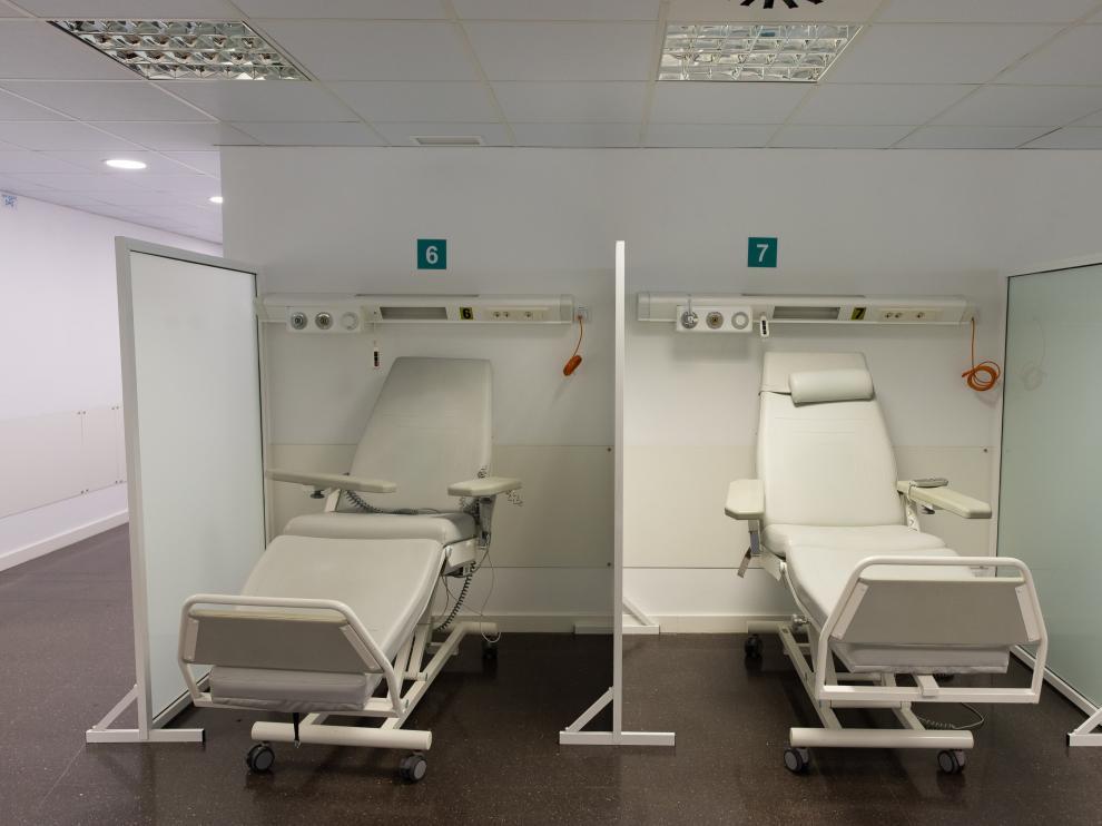 NUEVA ZONA PARA ATENDER PACIENTES DE URGENCIA EN EL HOSPITAL MIGUEL SERVET / 13-11-2020 / FOTOS: FRANCISCO JIMENEZ[[[FOTOGRAFOS]]]