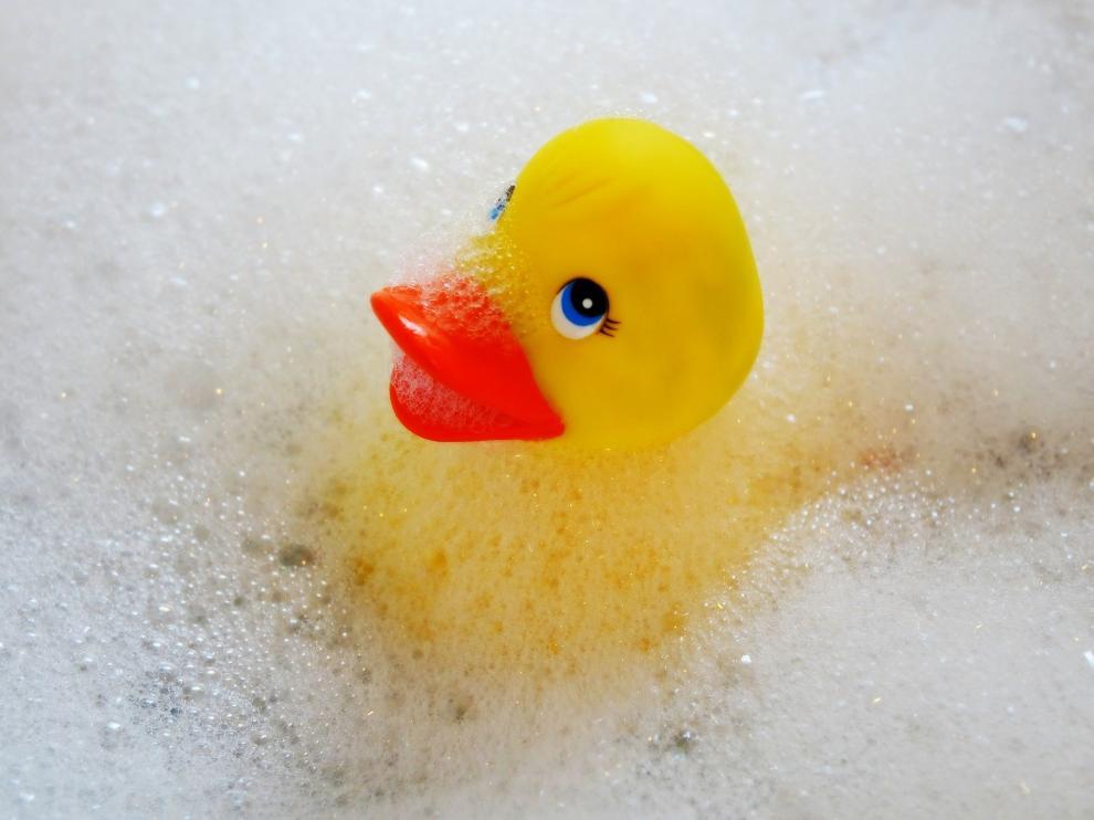 baño niño, patito, bañera
