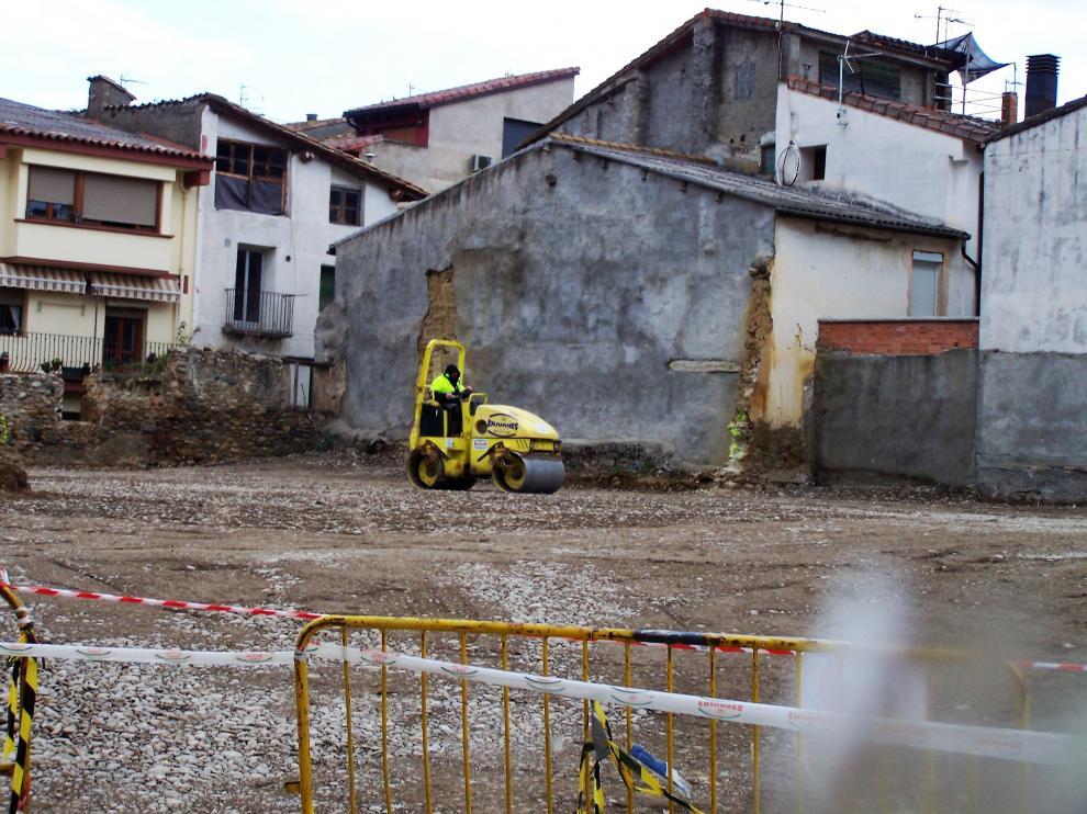 Obras de acondicionamiento en la Era de Lacambra, en la Calle de Don Carlos.