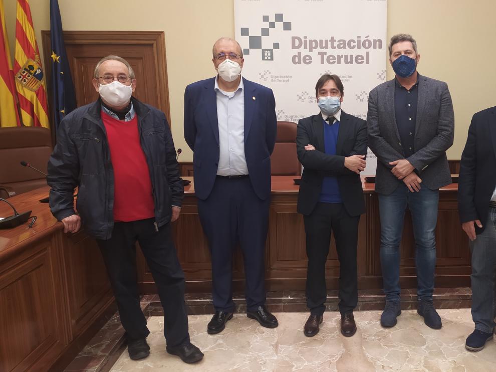 Reunión de los institutos de estudios de las tres diputaciones en Teruel.