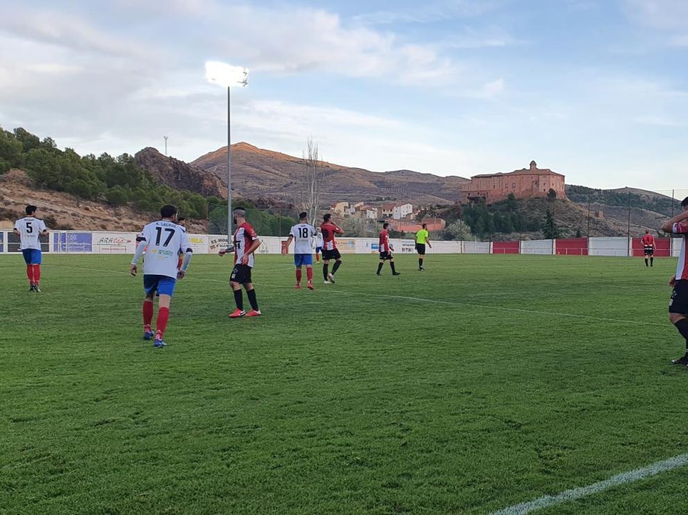 El Illueca se ha mostrado más ambicioso en la segunda parte ante el Teruel