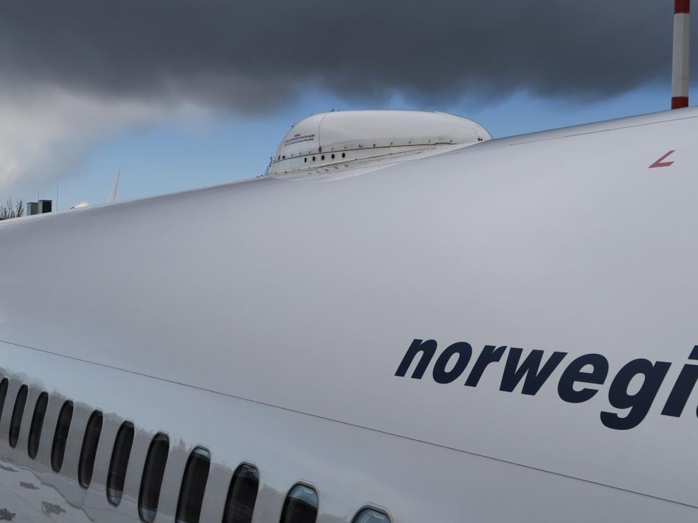 FILE PHOTO: File photo shows satellite antenna on the roof of the Norwegian Airways Boening 737-800 at Berlin Schoenefeld Airport