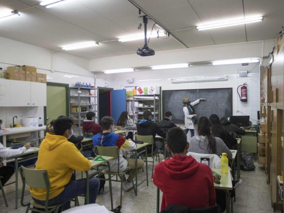 Clases en el instituto Félix de Azara de Zaragoza