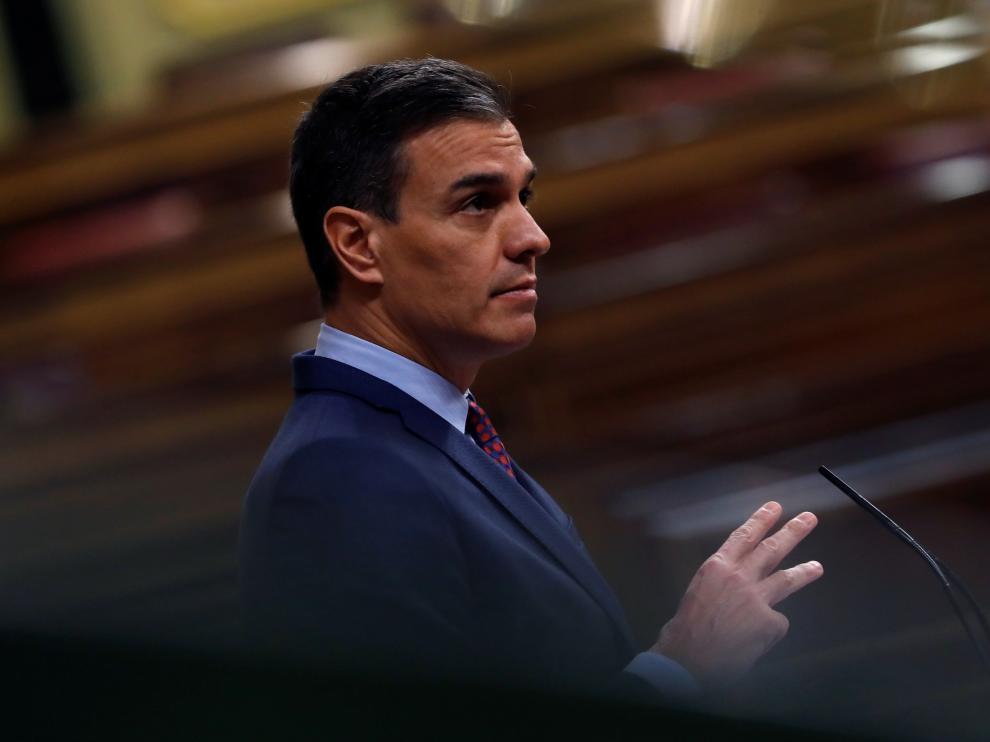 Sánchez da cuenta de la pandemia en el Congreso a las puertas de la navidad