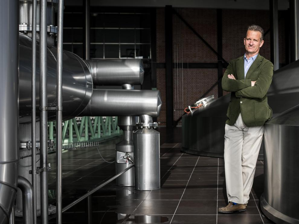 Jonathan Stordy, en las instalaciones de La Zaragozana en La Cartuja.