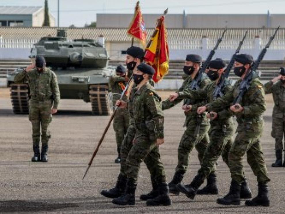 Efectivos de la Brigada Aragón hoy en el acto de la despedida a la misión en Letonia.