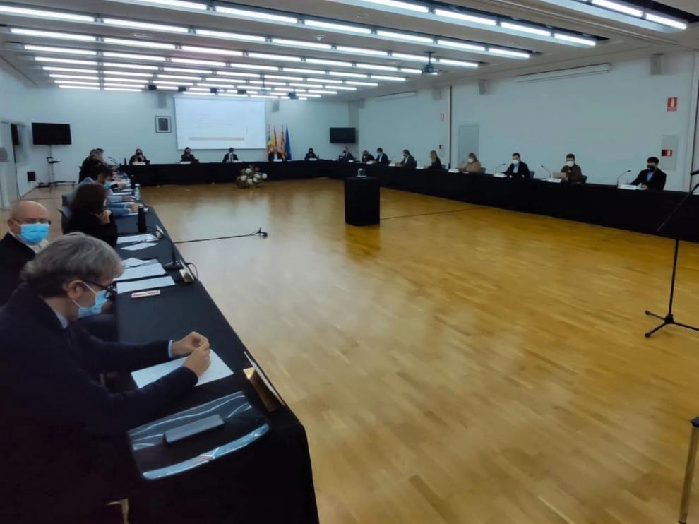 El pleno ha vuelto a celebrarse en el Palacio de Congresos, con más espacio.