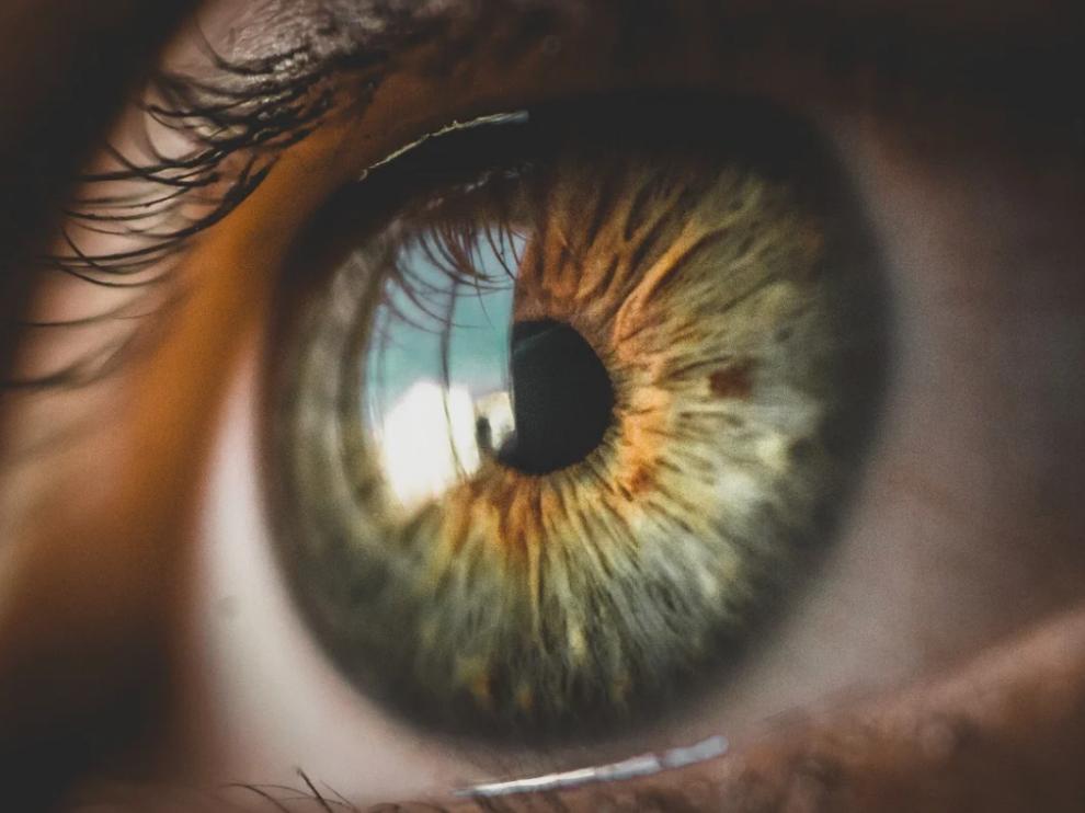 Foto de archivo de un ojo humano
