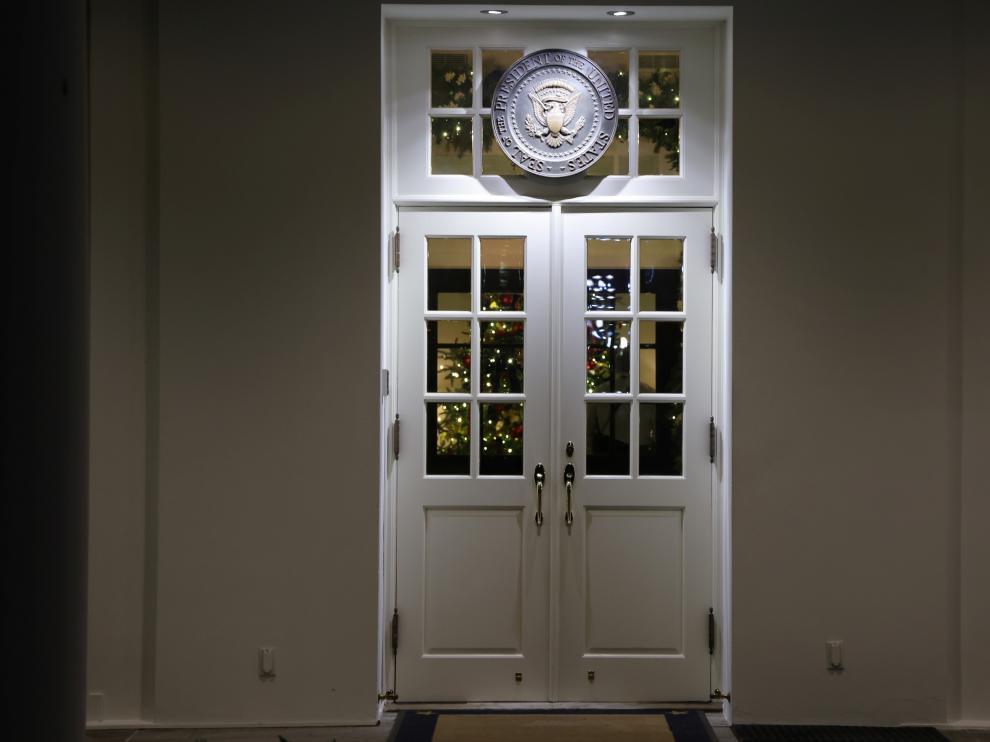 Imagen de una de las puertas de la Casa Blanca