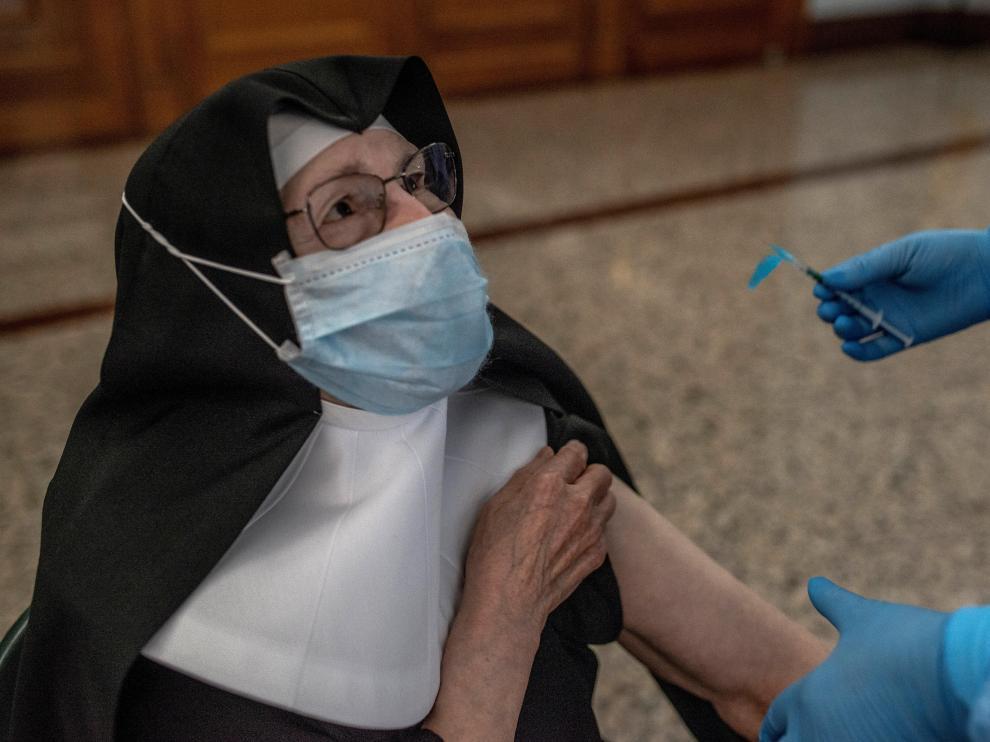 Galicia roza los 6.000 casos activos y aumenta la presión hospitalaria
