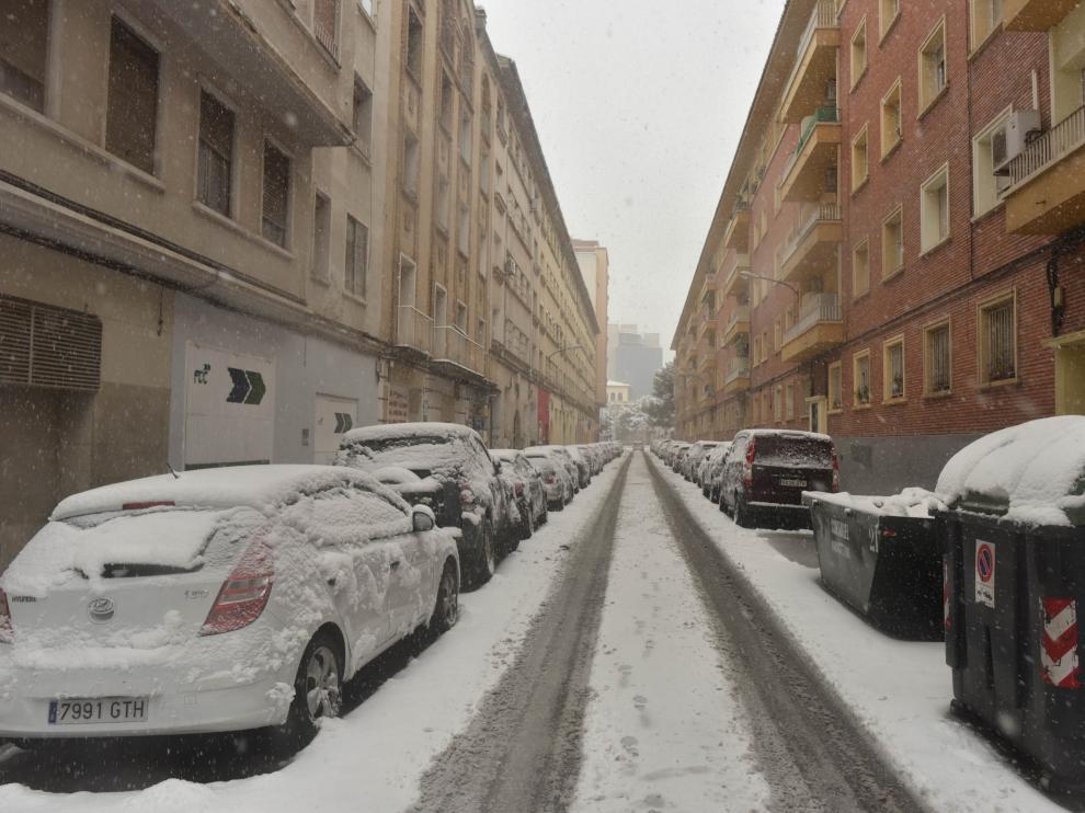 Filomena deja su rastro de nieve en Zaragoza