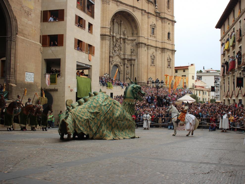 La plaza de España de Alcañiz es el escenario de la recreación