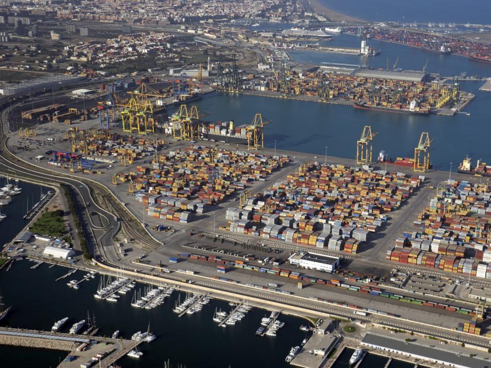 Dársena sur del Puerto de Valencia.