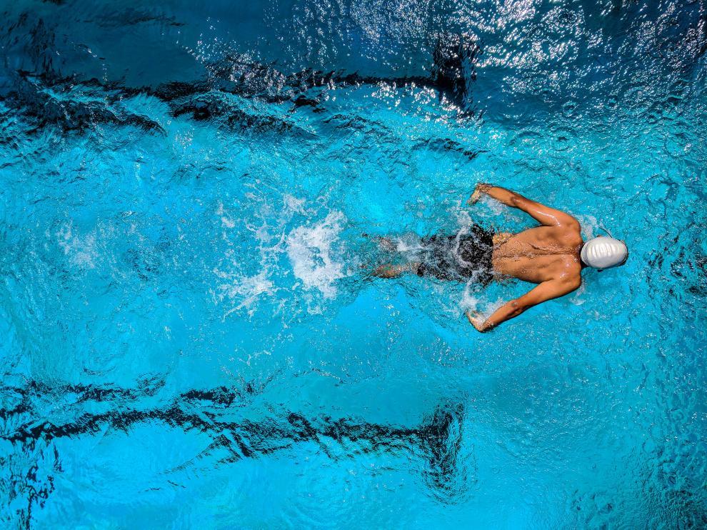 En este tipo de prácticas, se pueden trabajar todas las partes del cuerpo, desde los abdominales hasta la espalda, pasando por las piernas.