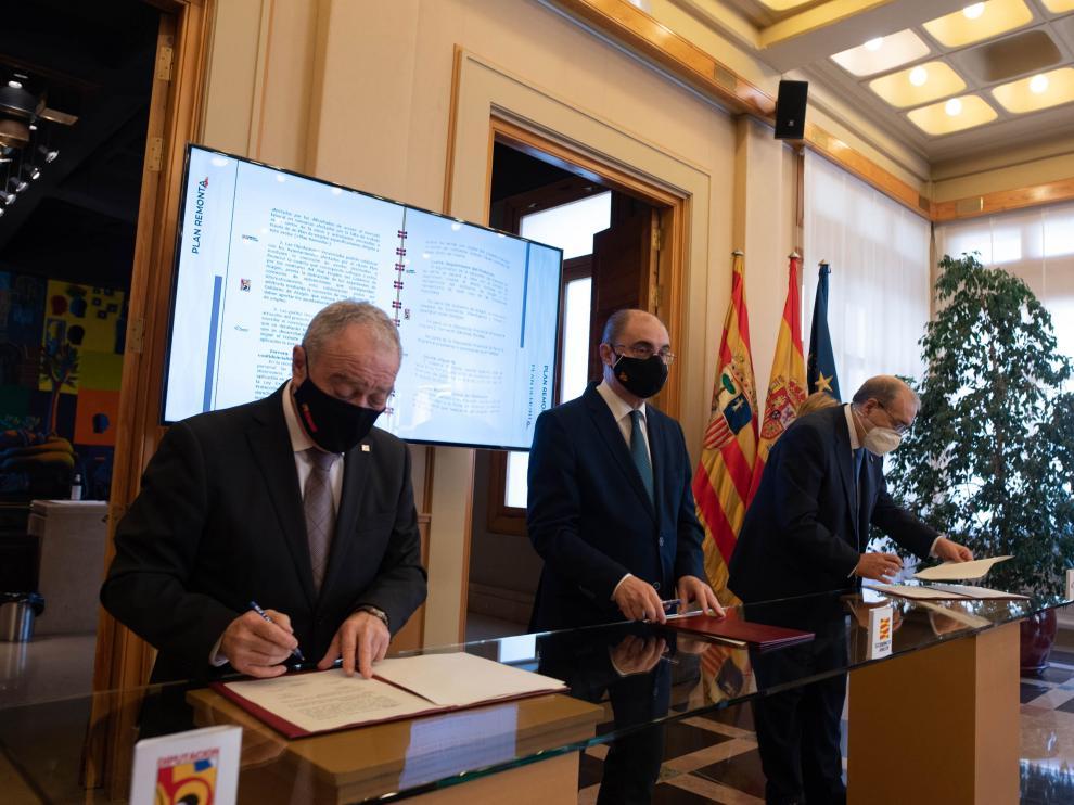 Gracia, Lambán y Rando, este miércoles en la firma del convenio del 'Plan Remonta'