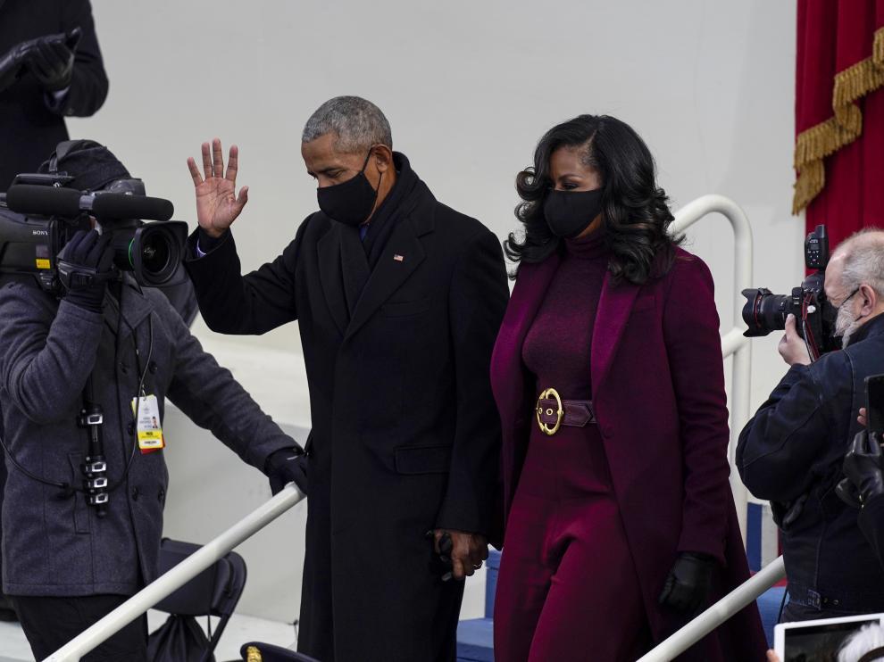 Barack Obama y su esposa Michelle en el toma de posesión de Biden.