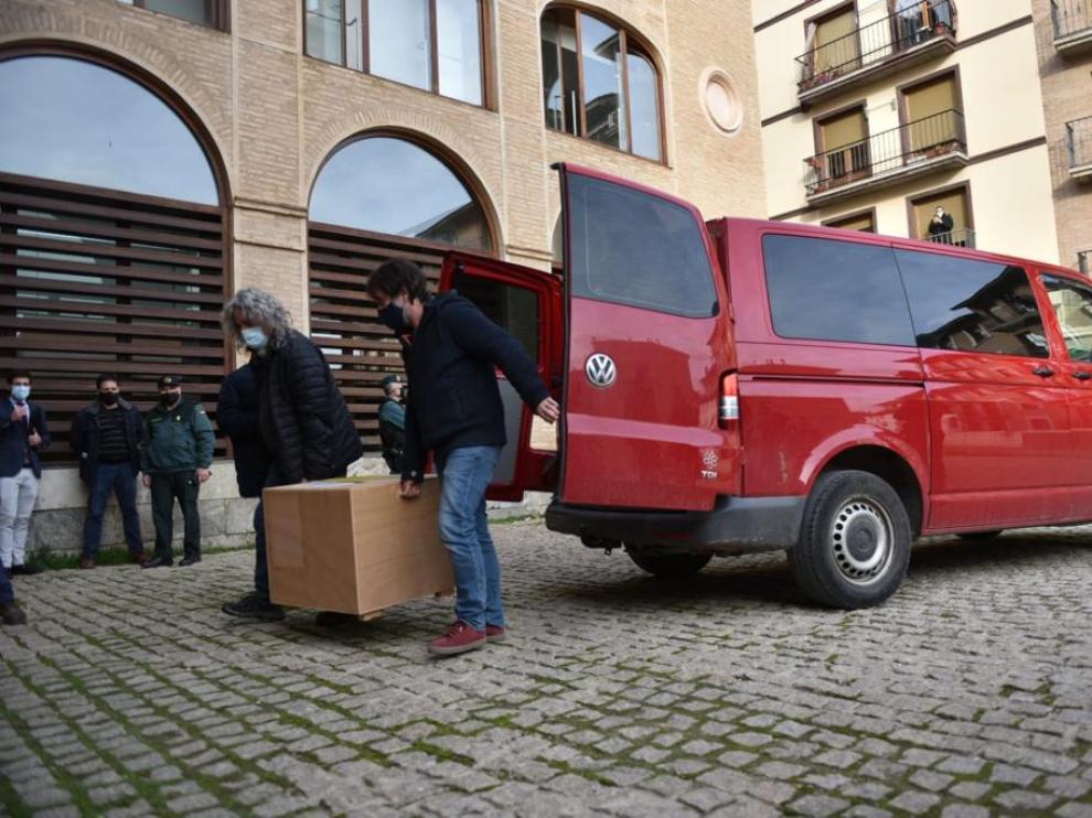 Los bienes llegan por fin a Aragón pero Cataluña solo entrega dos cajas