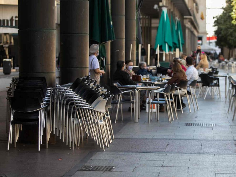 Terraza en la plaza del Pilar Zaragoza