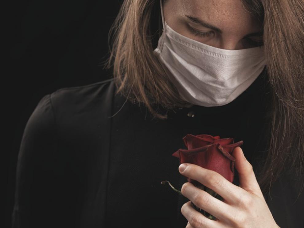 La pérdida de olfato es uno de los síntomas de la covid