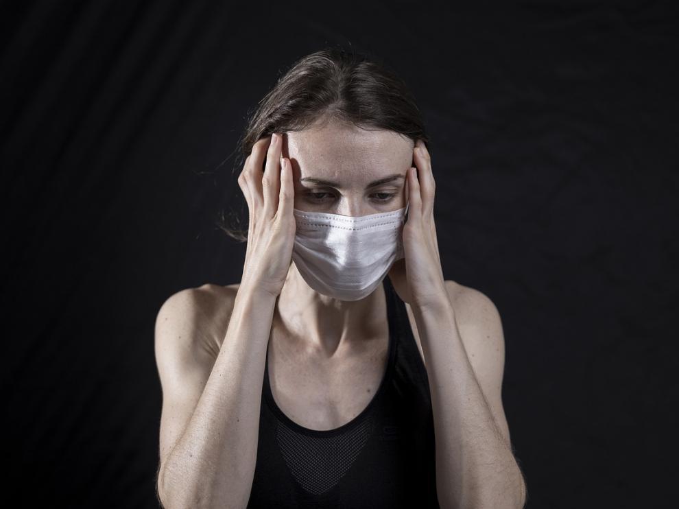 El dolor de cabeza, uno de los síntomas del coronavirus