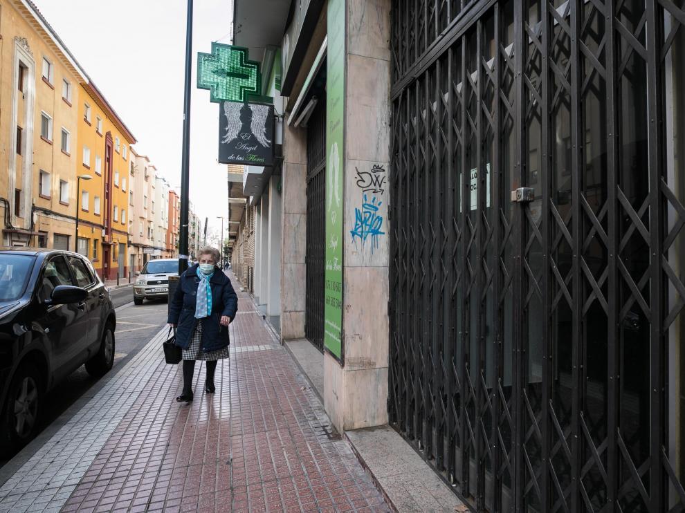 Un local cerrado en Zaragoza.