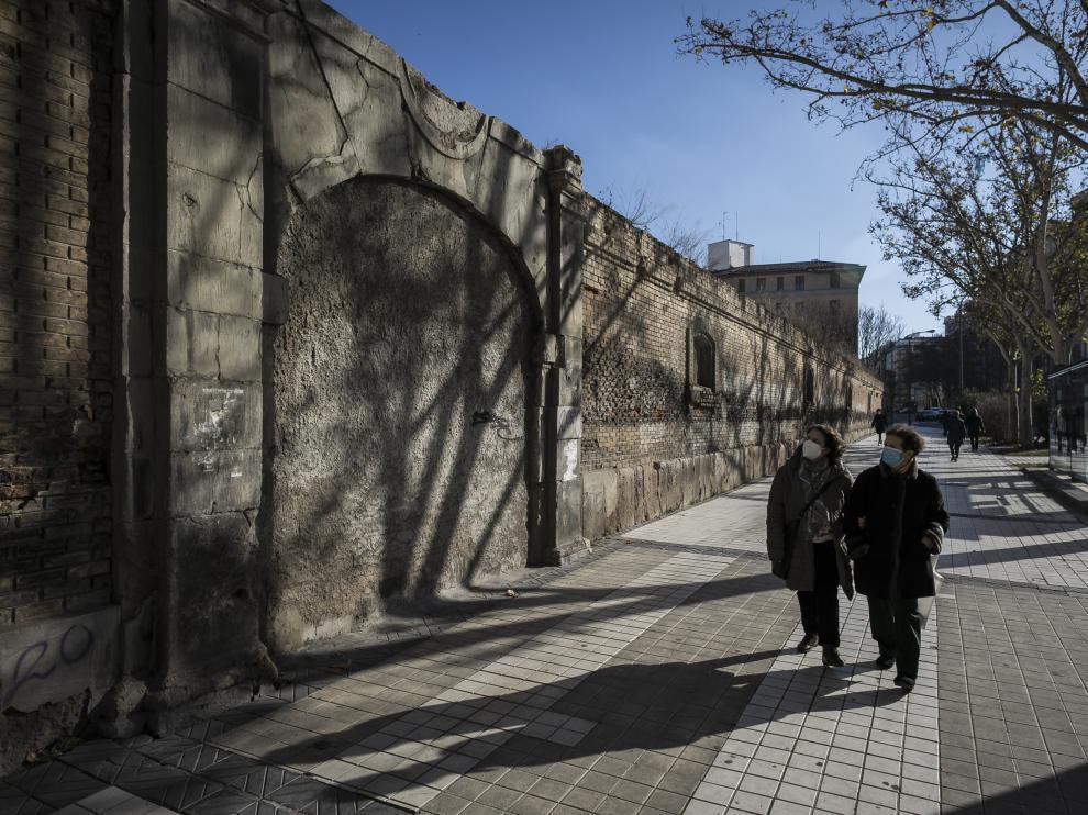 Puerta del antiguo cuartel de caballería, primer lugar por donde entraron los franceses en la ciudad el 15 de junio de 1808.