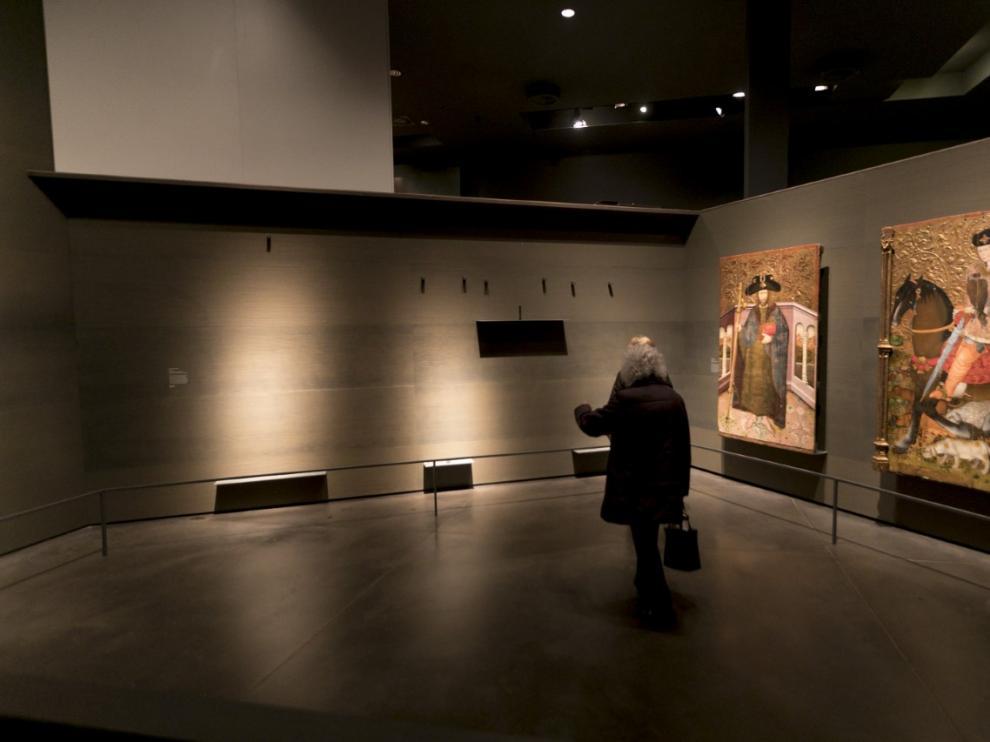 Espacios vacíos en el Museo de Lérida, donde hasta el lunes colgaban las obras aragonesas.