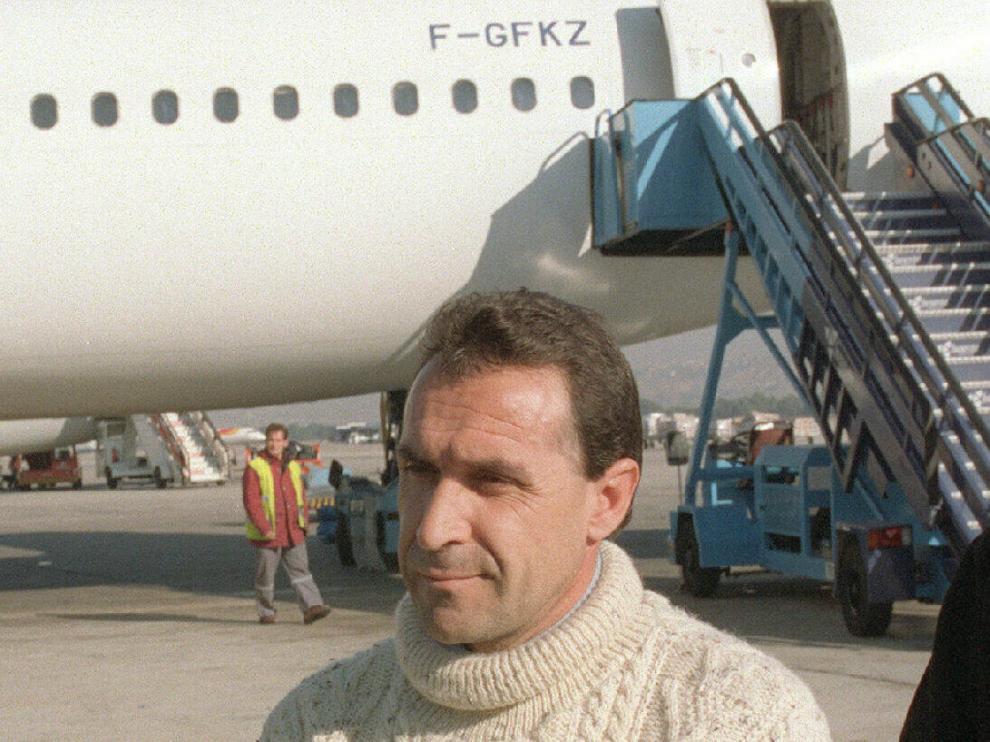 Pedro José Leguina, 'Txiki', imagen de su extradición de Francia a España en 2001.