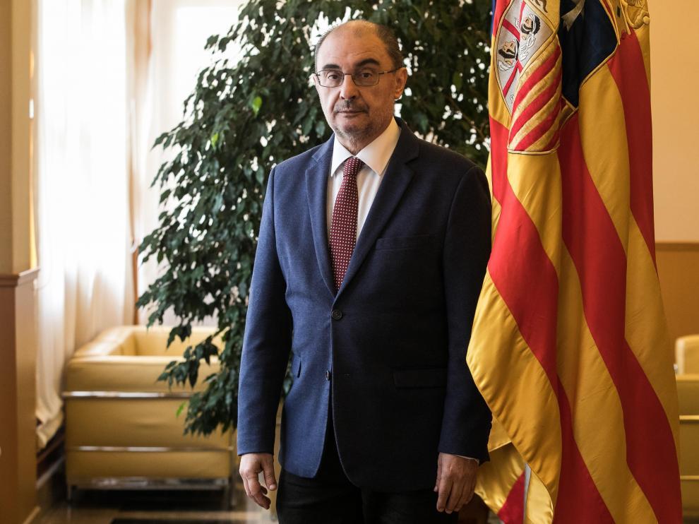 Javier Lambán, presidente de Aragón, en el edificio Pignatelli.