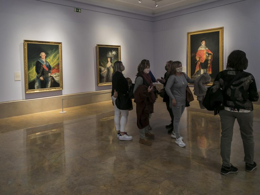 La sala dedicada en el Museo de Zaragoza a los retratos de Corte de Goya.
