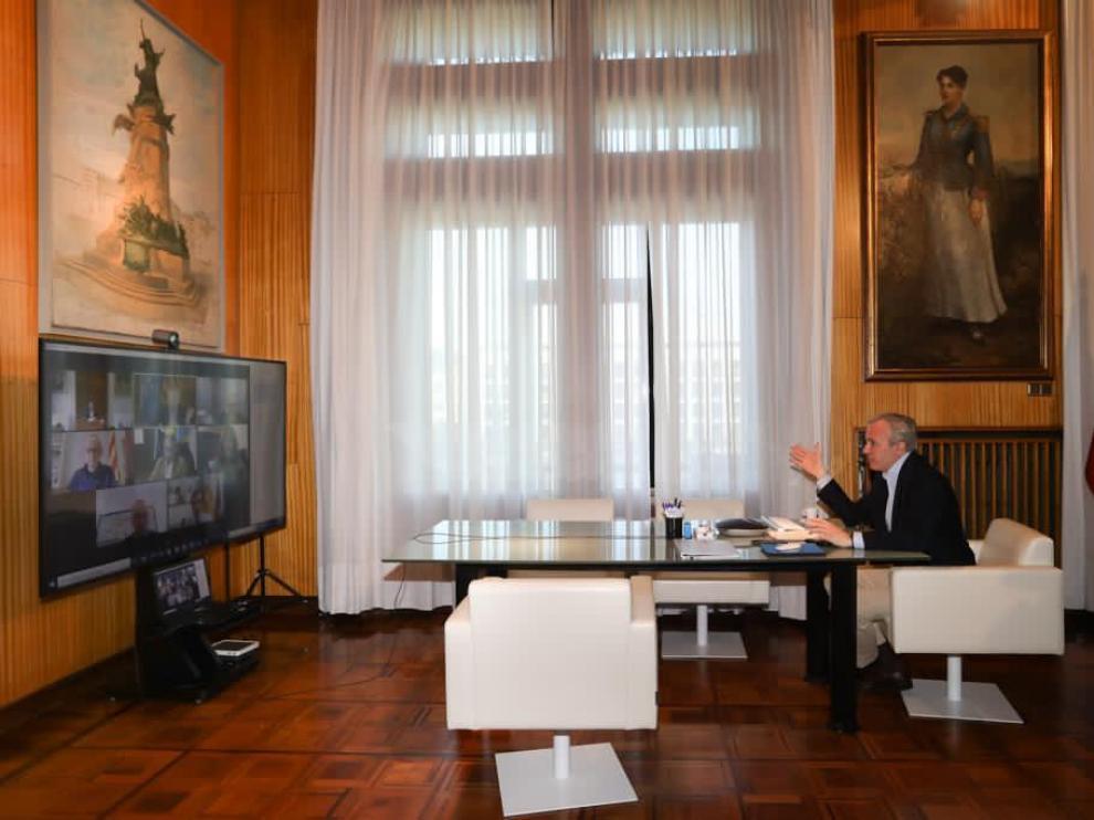 Encuentro telemático de Azcón con 10 alcaldes.