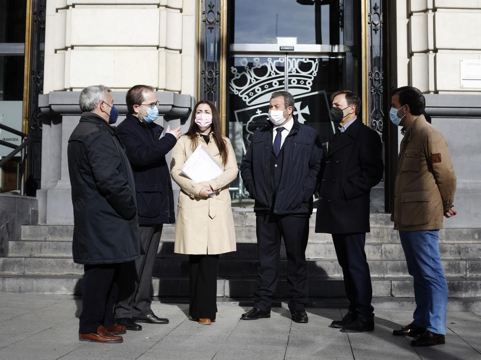 Fernando Saldaña (Dolorosa), Pedro Cía (La Piedad), Sandra Castelló, Ignacio Giménez (Sangre de Cristo), Óscar Trigo (La Entrada) y José Luis Peña (Siete Palabras).