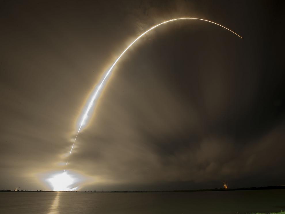 Foto de archivo del lanzamiento de un cohete