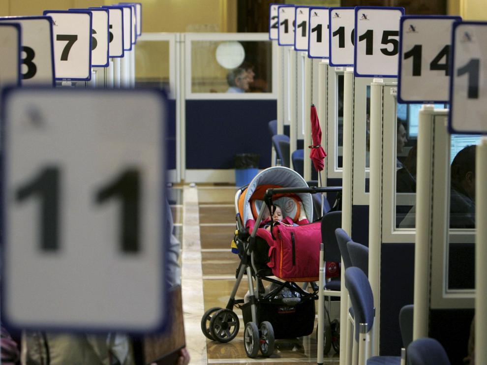 Imagen de archivo de la campaña de la renta.