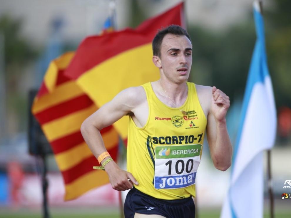 El atleta aragonés Eduardo Menacho consigue un nuevo oro.