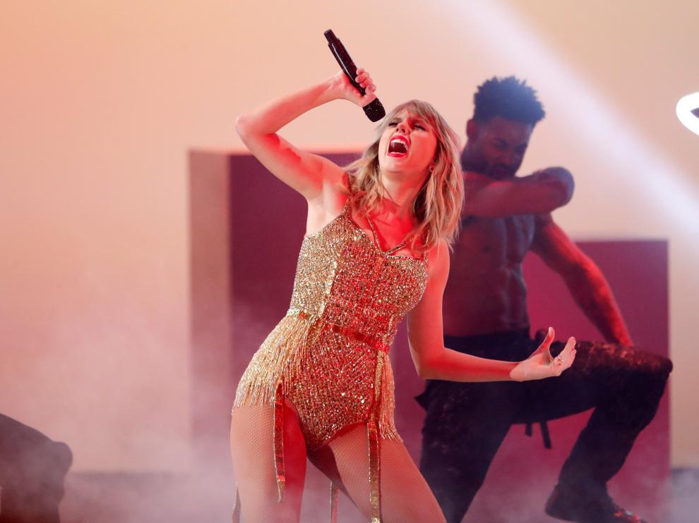 Taylor Swift en los 2019 American Music Awards en Los Angeles.